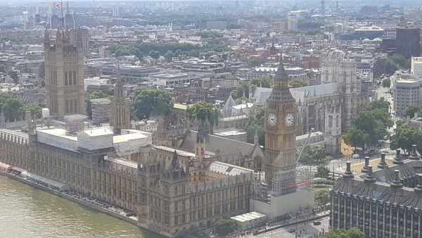 35 Londres - Palace of Westminster
