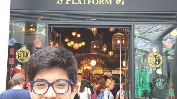 38 Londres - The Harry Potter Shop at Platform 9 34