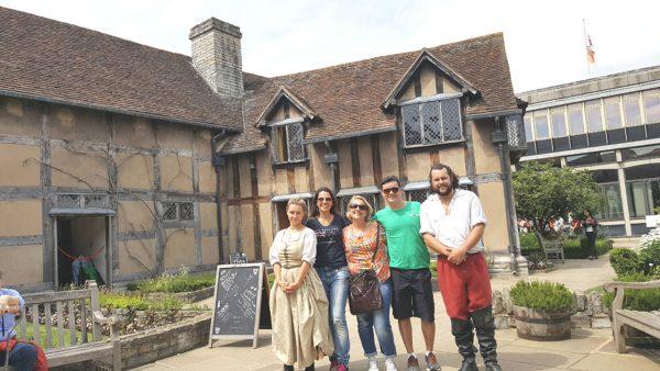 45 Stratford-upon-Avon - William Shakespeare